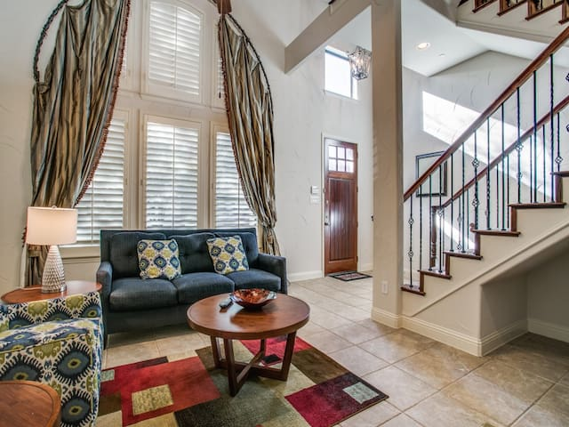 Shops@Legacy-Townhome-Luxury 2bedroomFurnished