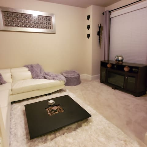 Chateau Snville'...Your Home away from Home