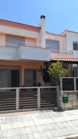 two storey house - Souda - Kondominium