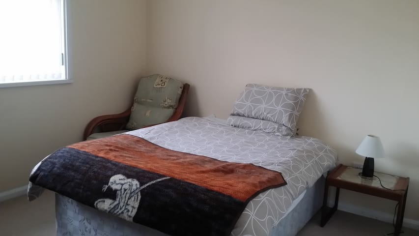 Double room is available in Benton, Newcastle