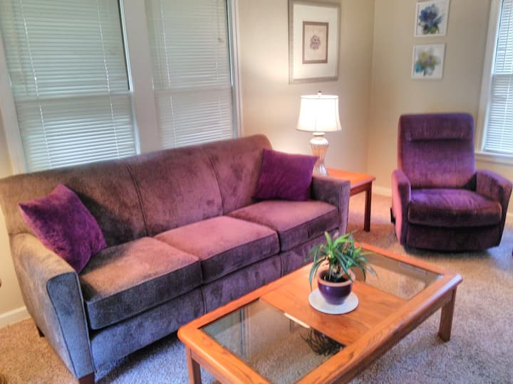 Cozy, Comfortable Private Home