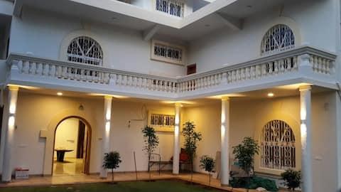GRAND CENTRAL •4 Bedroom Villa• in Devlali/Deolali
