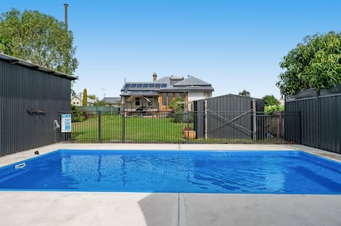 No.7 Beautiful home in the hub of Dungog