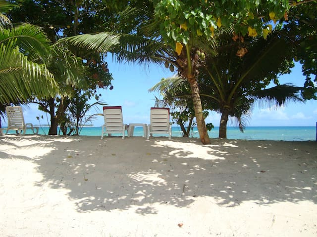 Villa isolata sulla spiaggia con WiFi gratuito