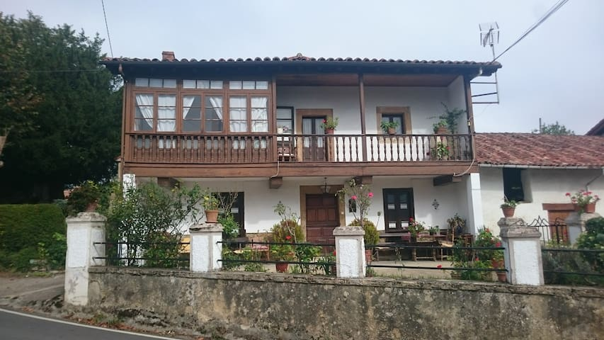 Casa de la capilla - Asturias - Talo