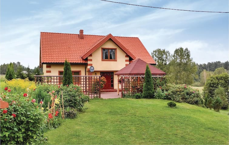 Holiday cottage with 4 bedrooms on 188 m² in Grunwald