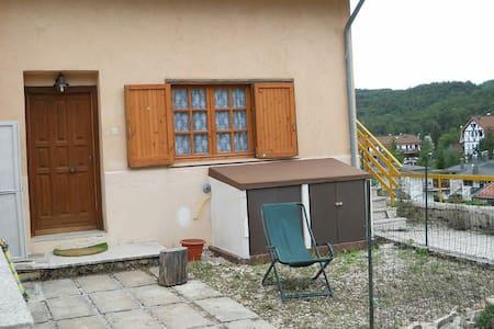 Affittasi a camporotondo(aq)slm1450 - Camporotondo - Ev