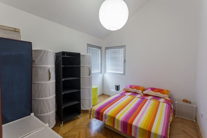 Each of the 3 bedrooms offers a comfortable double beds and wardrobes.