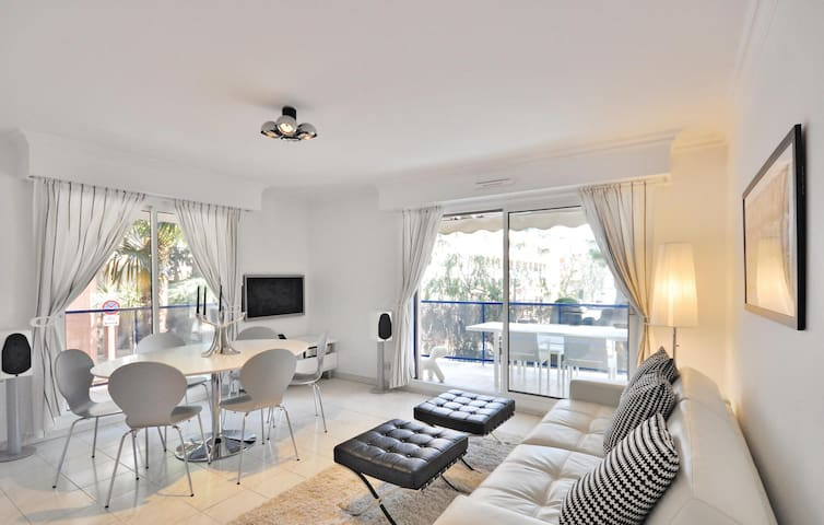 Holiday apartment with 2 bedrooms on 60m² in Cannes
