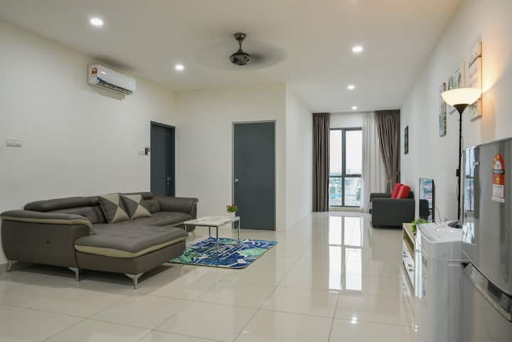 Deluxe Family Suite ♠3BR♠5PAX♠ w/ WIFI near Sunway