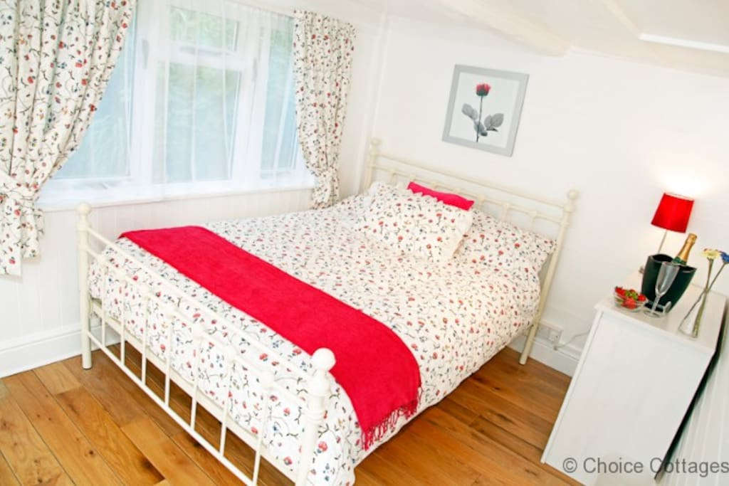 Lovingly furnished double bedroom