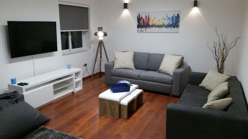 Stylish Apartment in central Swieqi, St Julians