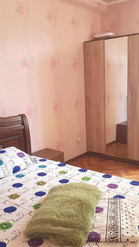 Просторная 3 комнатная  квартира,все необходимое есть рядом с озером, центр, все в шаговой доступности