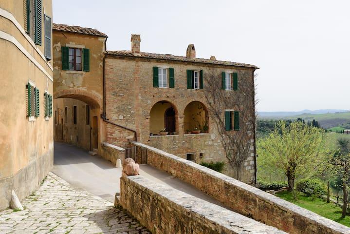 Borgo Lucignanello #Severino - San Giovanni d'Asso - Huoneisto