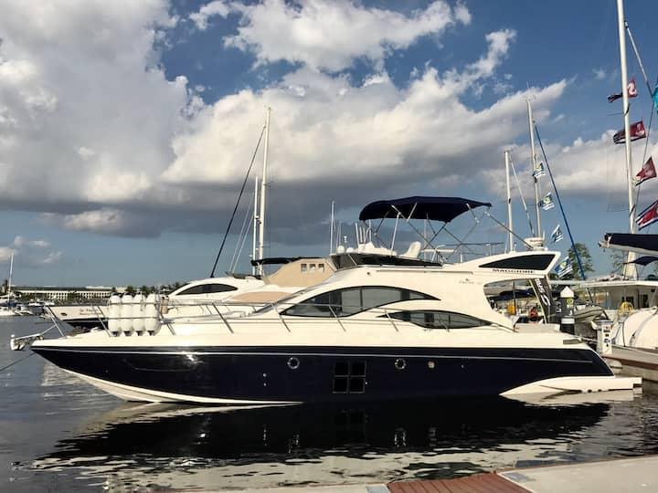 Yacht 51 pés Ano 2017 com 2 quartos Rio de Janeiro