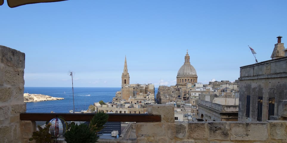 Amazing views- authentic character - MT - Apartamento