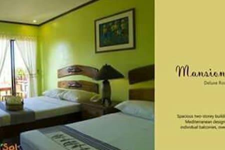 A Cozy Getaway in a Beach Resort - Bolinao - Willa