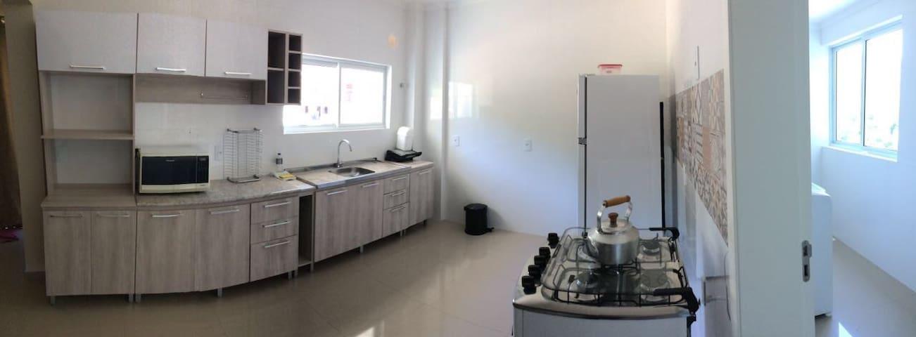Apartamento 3 quartos, AC, garagem - Piratuba - Pis