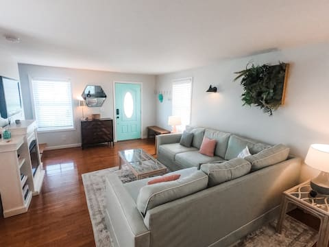 Life is Golden: 3 BR in Downtown Cape Charles