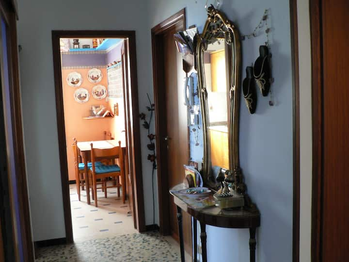 Single and Double bedroom in Padua