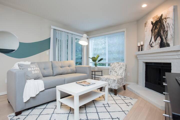 Modern 2-bedroom Kirkland condo