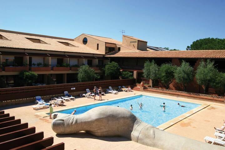 T2 4 personnes, résidentiel avec piscine