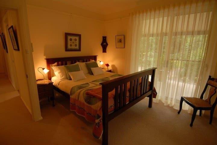 Abelia House B&B Barina Room