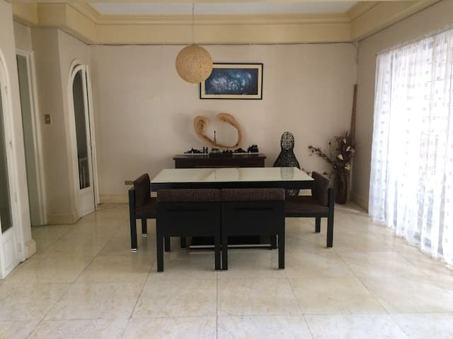 2BR House across Greenbelt Mall - Makati - House