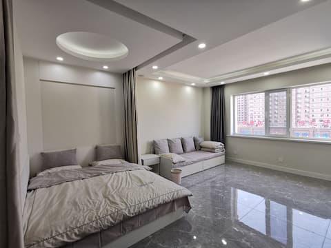 白色精装电梯楼 3人间公寓