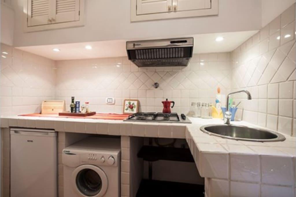 Cozy trastevere studio low cost appartamenti in for Lavatrice low cost