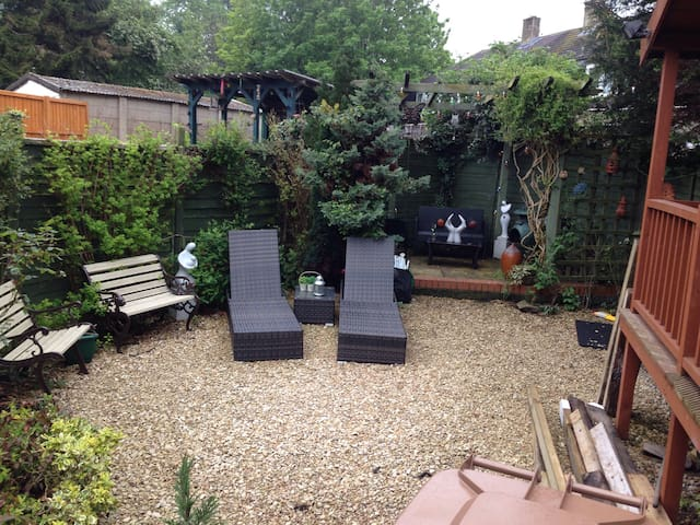 Great modern double room! - Oksford