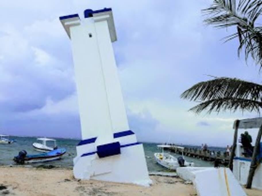 Faro Inclinado del Puerto