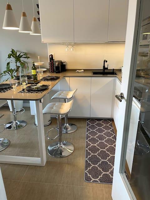 Moderno, acogedor y céntrico apartamento en Ares