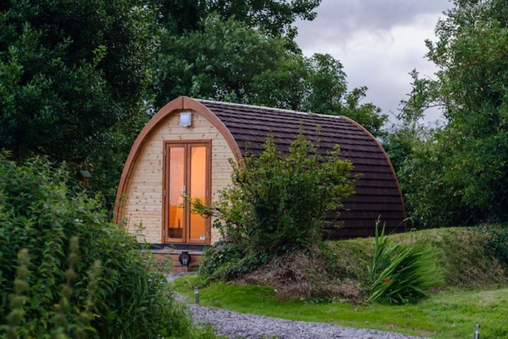 Luxury Pod (1) at Farmyard Lane-Idyllic Retreat