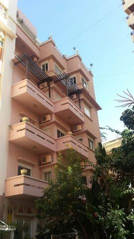 Villa Manara mid floor