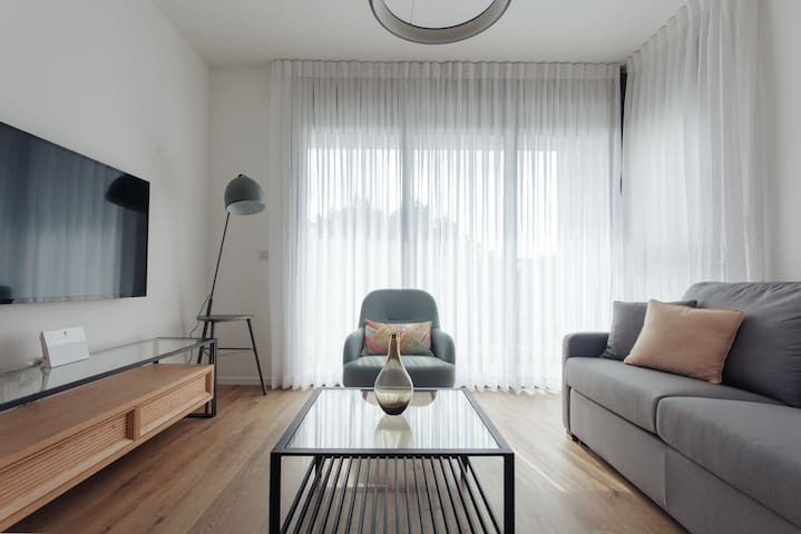 Charming new apartment in the heart of Tel Aviv