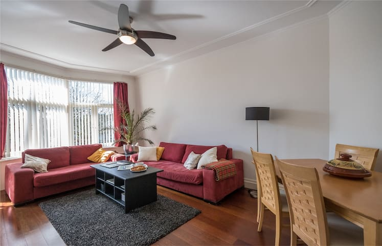 Bright, spacious flat in quiet suburb of The Hague - Rijswijk - Byt