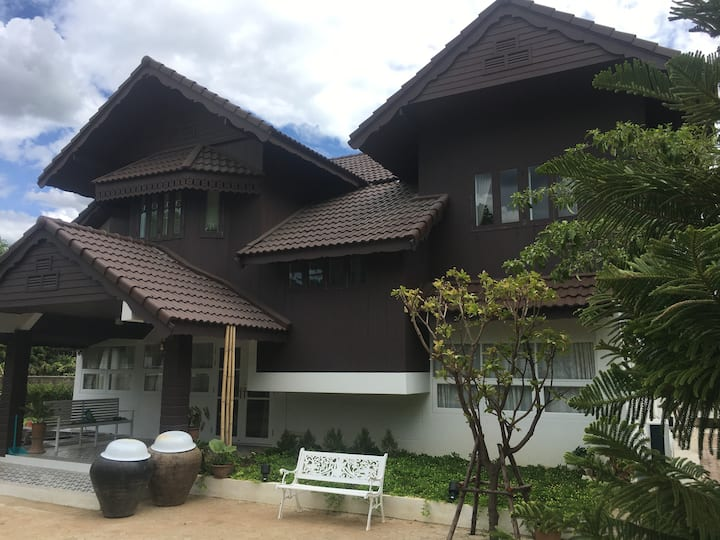 Saraphi Heritage