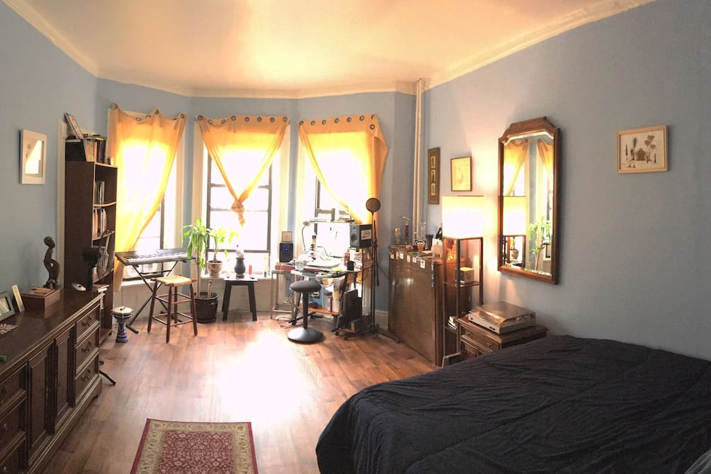 Master Bedroom, 2nd Floor, streets view, beautiful light.