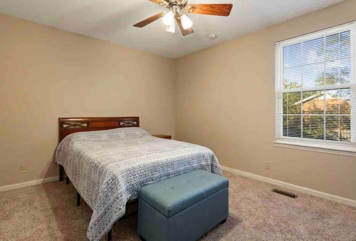 Double bed guest room. Additional twin bed added per request. Comes with TV in room.