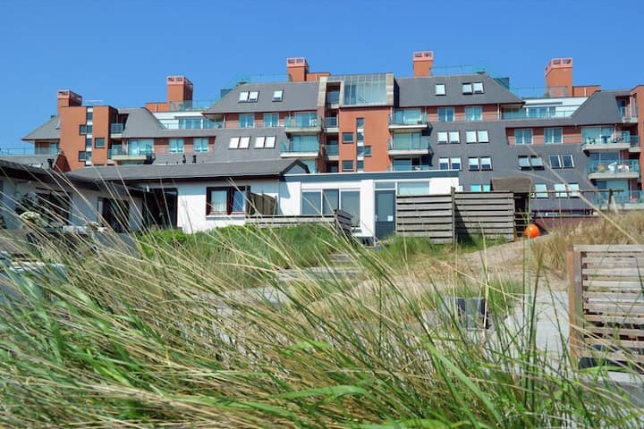 Modern and atmospheric holiday home near the beach of Egmond aan Zee