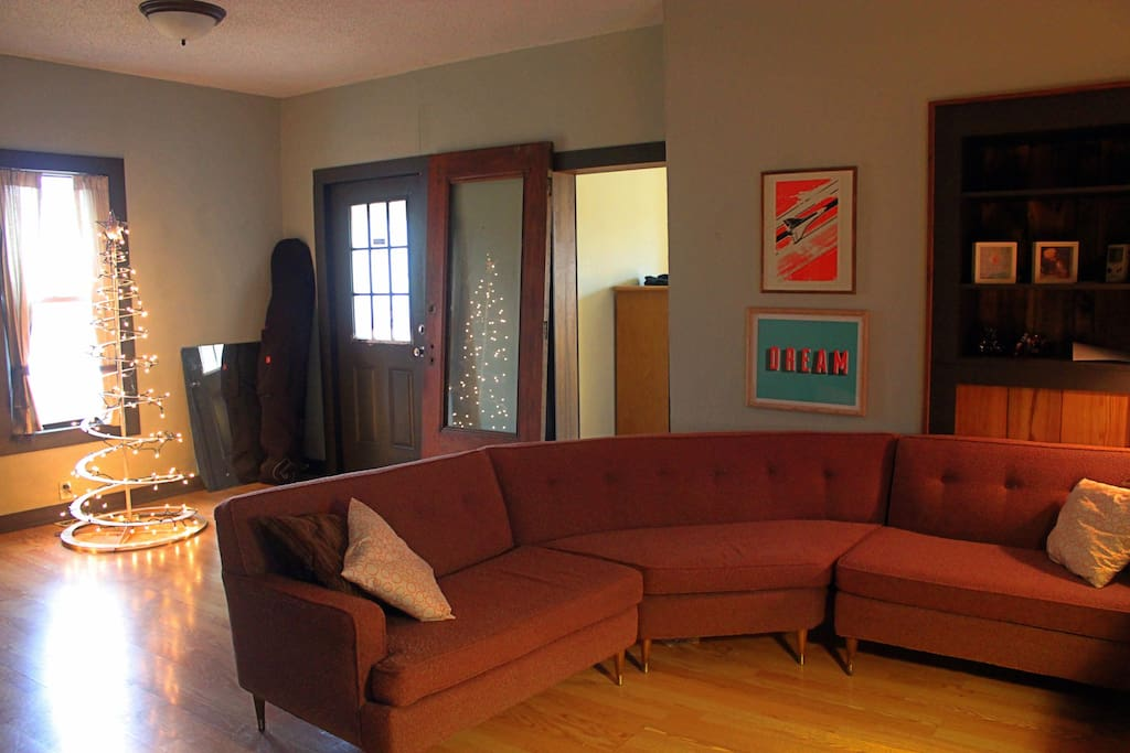 Living room / front area