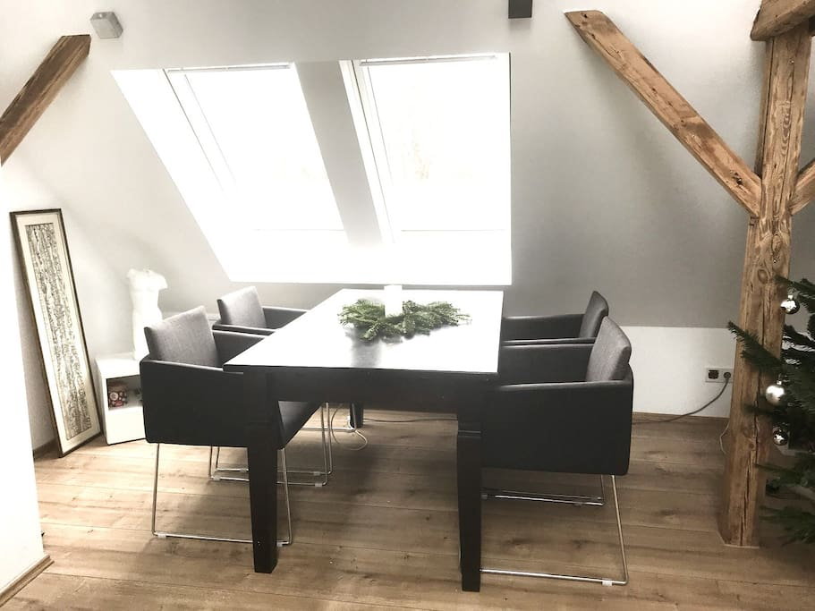 your modern and cozy home in cologne wohnungen zur miete in k ln nordrhein westfalen deutschland. Black Bedroom Furniture Sets. Home Design Ideas