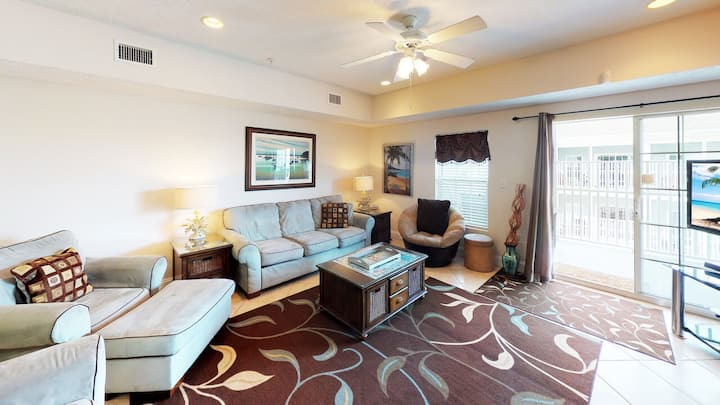 Myrtle Beach Villas 401A - 100% refund up to 48 hrs prior to arrival