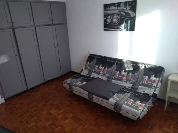 Appartement rdc calme  proche thermes et commerces