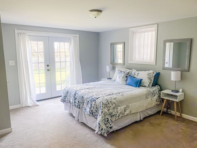 Bedroom 1 has a queen size bed.  It is comfortable and spacious, large enough to add an airbed or two if needed for children. An airbed, linens, blankets and pillows are available for use in the room or anywhere in unit.