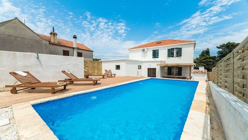 Villa Antica with pool, Dugi otok