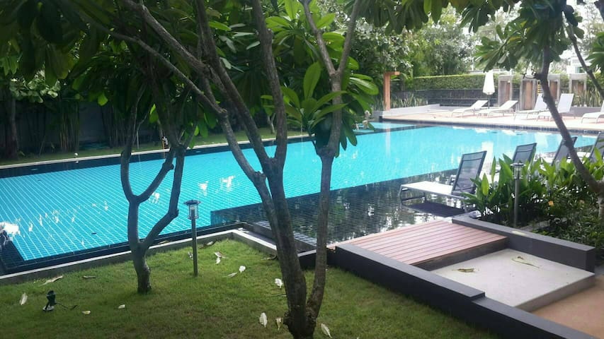 Stunning 43 Sqm 1 BR Condo. Close to Beach