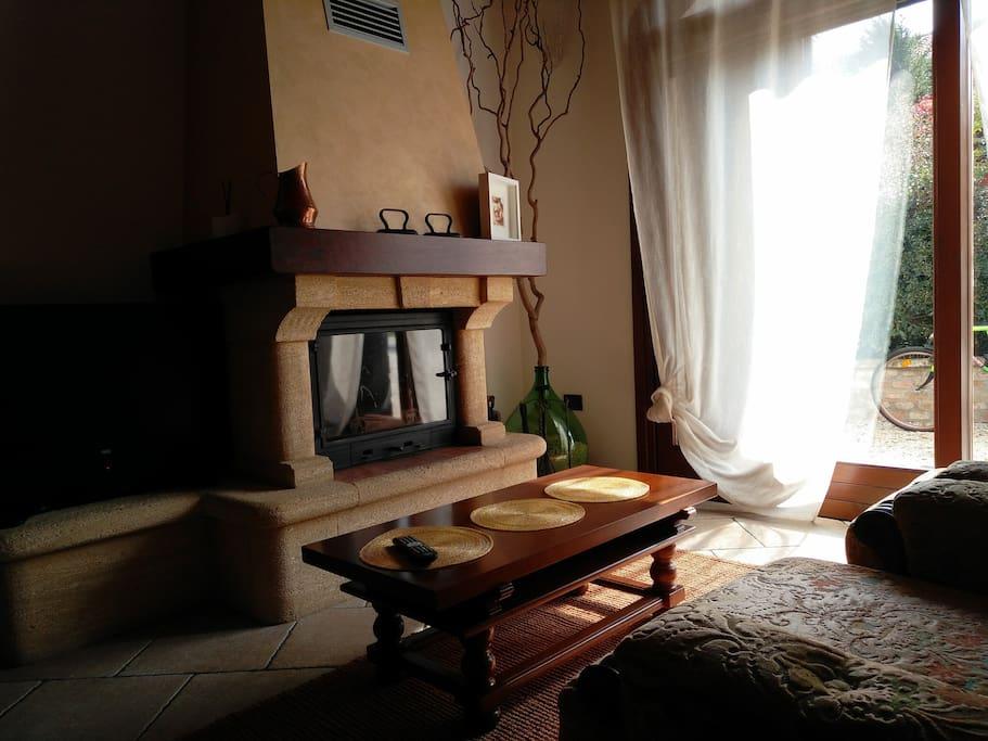 Soggiorno - spazio comune alle tre stanze
