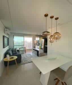 Apartamento 100% climatizado com varanda gourmet